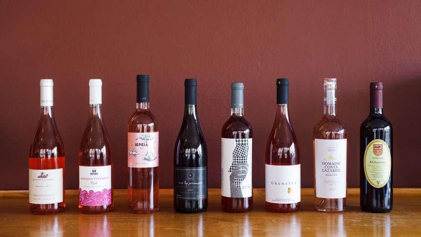 """Γιατί ροζέ και όχι κόκκινο ή λευκό; 8 απολαυστικά ροζέ κρασιά """"απαντούν"""""""