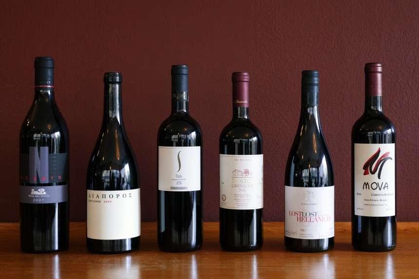6 ελληνικά κόκκινα κρασιά, ιδανικά για αυτή την εποχή